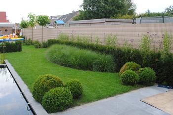 TuinOntwerpBureau De Keyser - Realisaties - Klassieke tuin met koivijver - Adegem