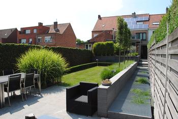 TuinOntwerpBureau De Keyser - Realisaties -Moderne stadstuin met vijver - Eeklo